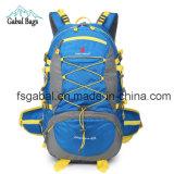 Sport esterni della parte posteriore durevole di morbidezza che si accampano facendo un'escursione il sacchetto dello zaino