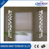 China IP44 de diseño moderno cuarto de baño maquillaje espejo LED