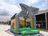子供または大人のための新しく膨脹可能な象の警備員の城