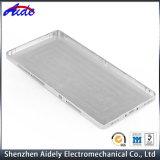 Металл обрабатывая часть CNC алюминиевую подвергая механической обработке для медицинской