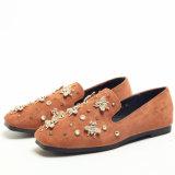 새로운 디자인 편평한 스웨드 Shoes 작은 꿀벌 숙녀