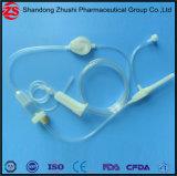 Infusione medica a gettare che dà insieme con il filtro Ce/ISO da precisione