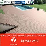 Le WPC decking en PVC de haute qualité pour l'extérieur pour le pontage Co-Extrusion
