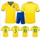 A cópia por atacado do Sublimation Dri-Coube o uniforme de Sportsuit do homem da equipe de futebol