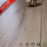 Moyen de redevances d'érable de café en relief les planchers laminés