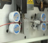 Máquina computarizada da estaca e de descascamento do fio
