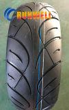 La vespa de la motocicleta pone un neumático 150/70-13 110/90-13