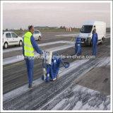 Limpeza do aeroporto que pinta a máquina de sopro horizontal do tiro