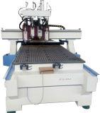 Très rapidement l'outil de changement automatique machine CNC graveur pour la sculpture et de forage, de meubles en bois de coupe avec plusieurs chefs/broches