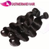 工場人間の毛髪を編んでいる安い適正価格6Aのインド人