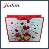 Подгоняйте мешок красного подарка покупкы дня Valentine сердца 3D бумажный