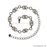方法ラインストーンの水晶ウエストの鎖の金属は衣服のアクセサリにベルトを付ける
