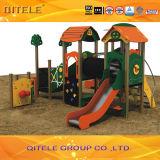 Im Freienspielplatz-Gerät der neuen PET Kinder (PE-22301)