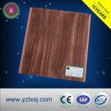 Tuiles en bois de plafond de PVC de couleur très populaires en Au