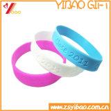 Bracelet fait sur commande de silicones de logo de Dobossed pour le cadeau promotionnel