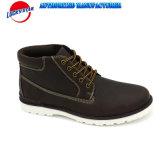 Les chaussures occasionnelles de haute des hommes classiques de coupure avec l'unité centrale