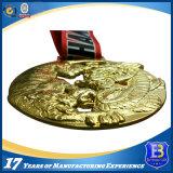 주물 방아끈을%s 가진 3D 디자인에 있는 창조적인 금속 메달을 정지하십시오