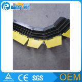 Rampe en caoutchouc de protecteur de câble de 3 glissières