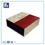 Rectángulo de regalo modificado para requisitos particulares de la joyería del papel de embalaje de la impresión de la insignia para el vino