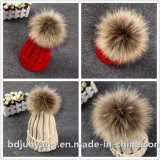 Chapéus feitos malha da pele POM Poms do falso