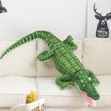 Grande e realista de brinquedos animais taxidermizados Jacaré