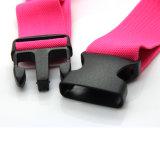 Два кармана на поясе с преднатяжителем плечевой лямки ремня для смартфонов