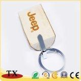Trousseau de clés en bois de hêtre spécial de forme avec le logo gravé