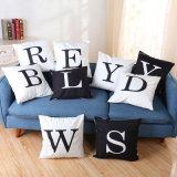 ABCの字体の柔らかい抱きしめる枕