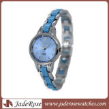 Frauen-Legierungs-klassische Quarz-Uhr mit Waterproof Form-Uhr