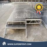 テントの使用のための鉄骨フレームサポートが付いているスリップ防止木のフロアーリング