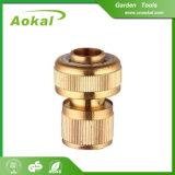 黄銅が銅のホースのコネクターを接続する付属品を接続するために押しなさい