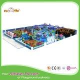 Campo da giuoco dell'interno di tema dell'oceano per i ministeri dei bambini