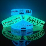 """Glühen des Zoll-1/2 """" in den dunkle Tinte gefüllten Silikon-Armbändern"""