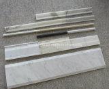 Riga di pietra bianca pavimento Skirtings, modanature, modanatura, bordo delle mattonelle del marmo