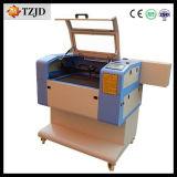 Machine de découpage chaude de gravure de laser de vente 40W 60W