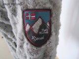 子供100%Polarの羊毛の偽造品の毛皮のコート