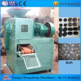 Mattonella del carbone di legna che fa macchina con figura differente delle mattonelle