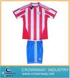 安いカスタム卸し売り昇華させた確実なフットボールのワイシャツ/サッカージャージー