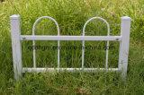 屋外に錬鉄の庭の囲うことのためのさびないですか防腐性の機密保護の鋼鉄塀