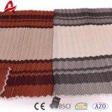 Couverture acrylique de maneton de Knit de câble de peluche de piste de zigzag de qualité avec le gland