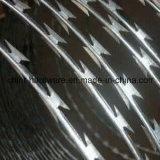 Колючая проволока бритвы низкой цены Cbt-65 Concertina от фабрики