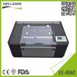 Mini kleine Supermaschine für Verkauf CO2 Laser-Ausschnitt-Maschine