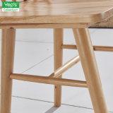 Alto compensato posteriore di legno solido che pranza la presidenza di Windsor