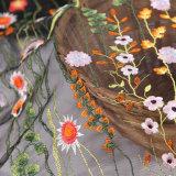 Ткань шнурка сети способа ткани шнурка вышивки с цветком