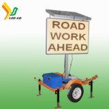 Acoplado ligero accionado solar de la tarjeta de la flecha de la seguridad en carretera del LED