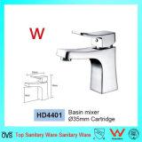 Robinets sanitaires modernes neufs de bassin de salle de bains de taraud de distributeur de l'eau d'articles de la Chine