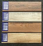 建築材料の木製のフロアーリングの壁の陶磁器の装飾の生存木のタイル