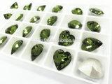 De perfecte besnoeiing-Gefacetteerde Zilveren Stenen van het Kristal van het Punt van de Vorm van het Hart van de Hoogste Kwaliteit van het Plateren Achter voor Juwelen