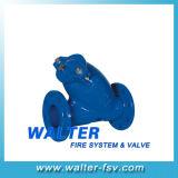 Yタイプこし器女性によって通されるオイル水こし器