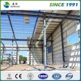 Estructura estándar de acero con paneles de color único